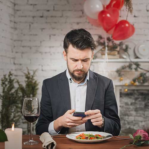 cell-phone-usage-affects-men-fertility-azoospermia-oligozoospermia